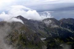 Hruba Kopa i Banikow (2178) - w chmurach.
