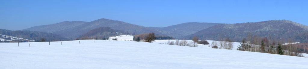 Panorama ze wzgórza nad Świątkową Wielką.