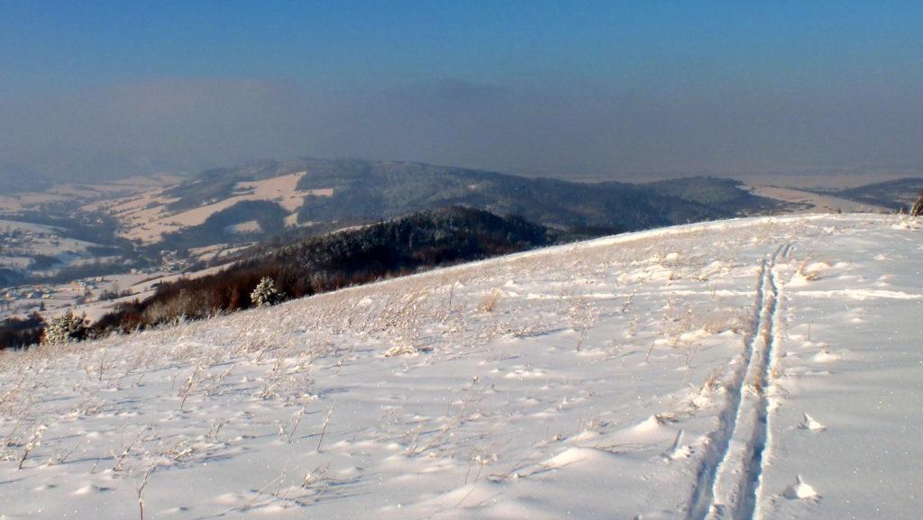 Grzbiet Grzywackiej Góry - w tle Bucznik.